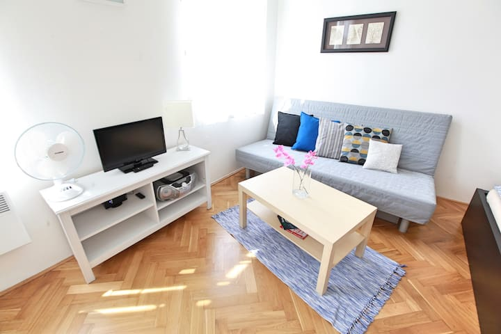 Comfortable 1Bedroom Apartment Prg 5 Subway Angel