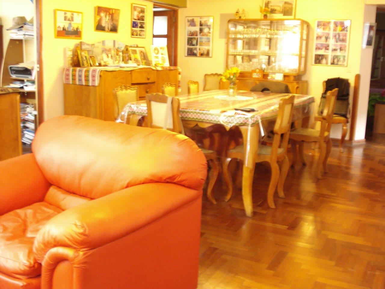 Sala comedor del departamento