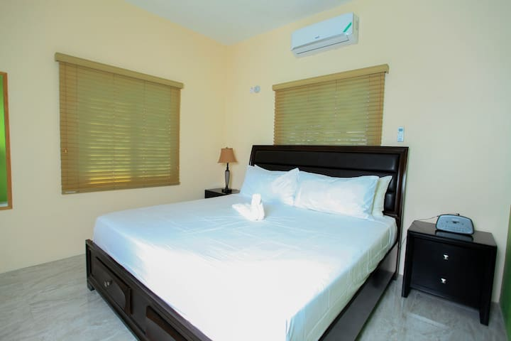 Bedroom 3 with king size bed. Air condition.