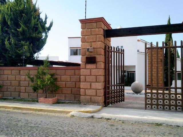 Hermosa casa en Tequisquiapan, espectacular.