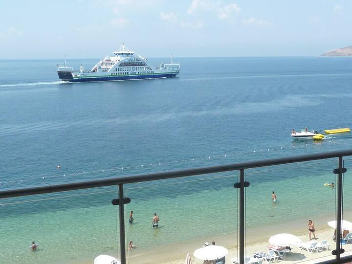 Uc Kisilik Deluxe Oda - Deniz Manzarali - Hotel Europa