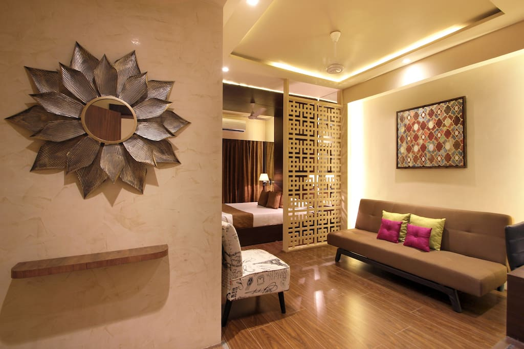 Private Rooms For Couples In Hyderabad