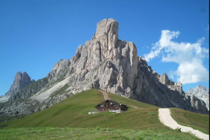Mountain Paradise 2