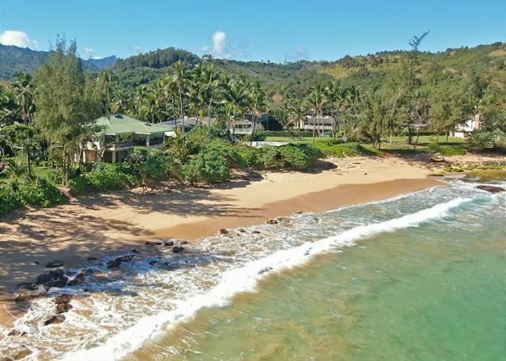 New Listing! Moloa'a Bay Guest House with A/C.