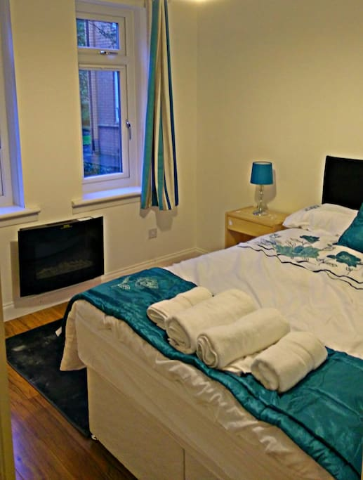 Bedroom 2 - Green Room