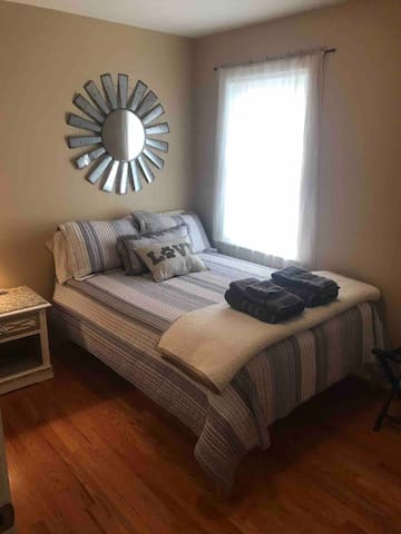 3rd bedroom with full bed.