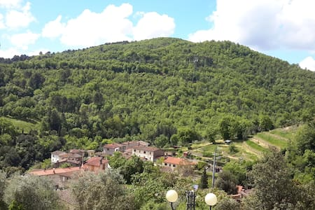 La Casa del Valico, between Chianti and Valdarno - Figline Valdarno