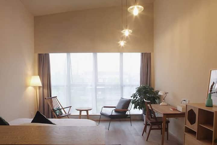 「茱萸」湖景大床 隐居绍兴—最有腔调的城市民宿空间,生活方式美宿