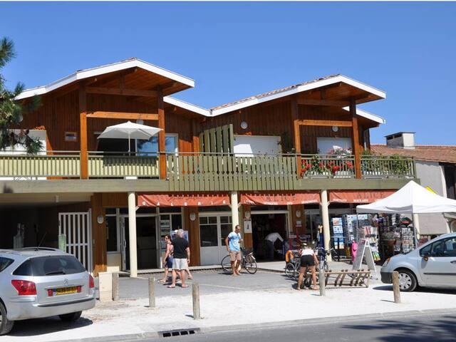 Charmant appartement en plein coeur du Cap Ferret