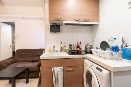 Comfy Double Room in the heart of Causeway Bay - Hong Kong
