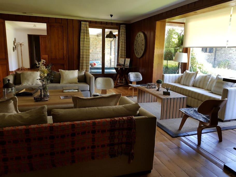 Gran Salón de  Estar, cómodo y acogedor