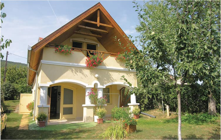 Holiday cottage with 3 bedrooms on 100 m² in Balatonederics