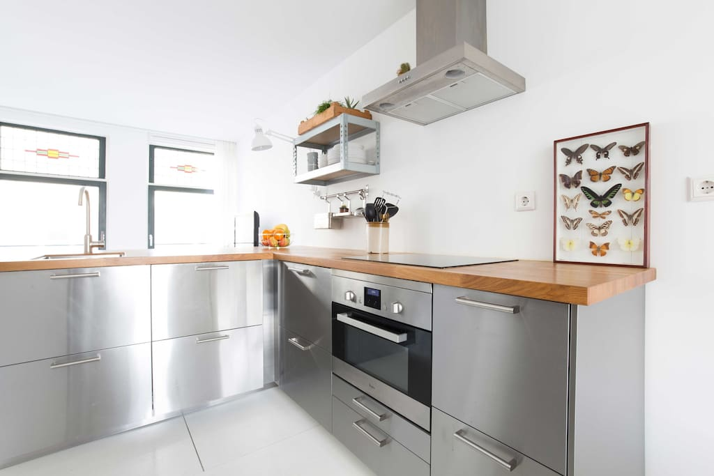 Cook delicious meals at this modern and fully equipped kitchen