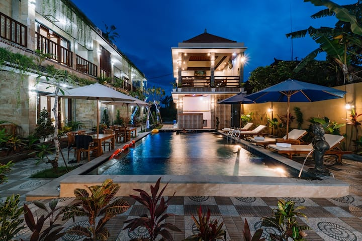#Sari Nusa Inn Newest Lembogan Hotel#