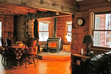 Huge Log Cabin, great for groups - Mexico