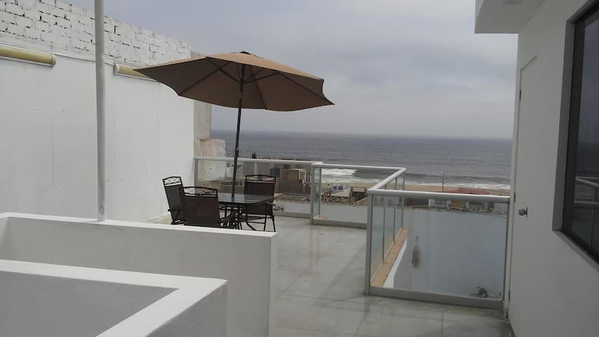 Casa de playa con vista al mar en Punta Negra
