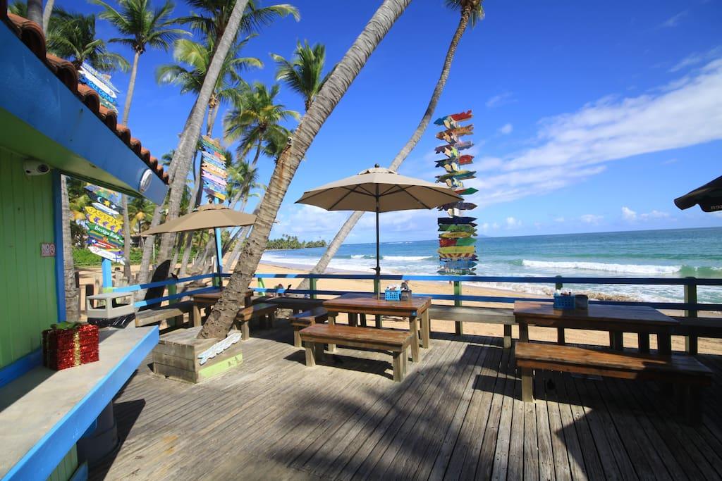Beach Bohio Bar