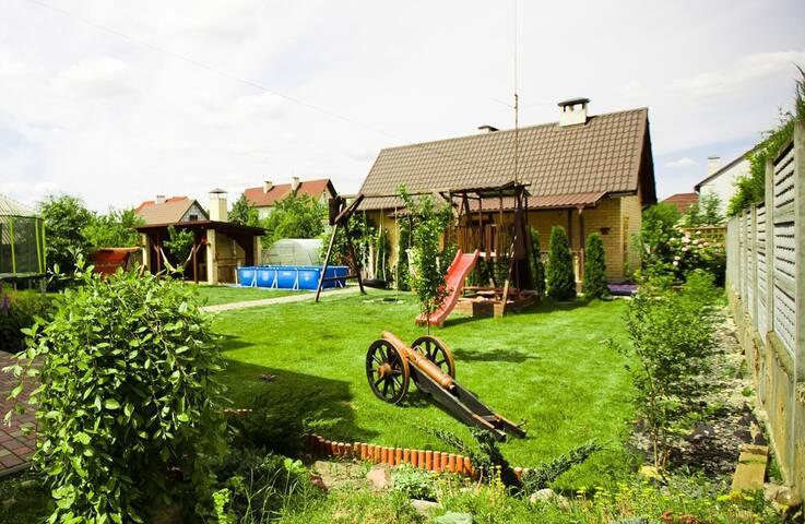 Гостевой дом с баней - Brest - House