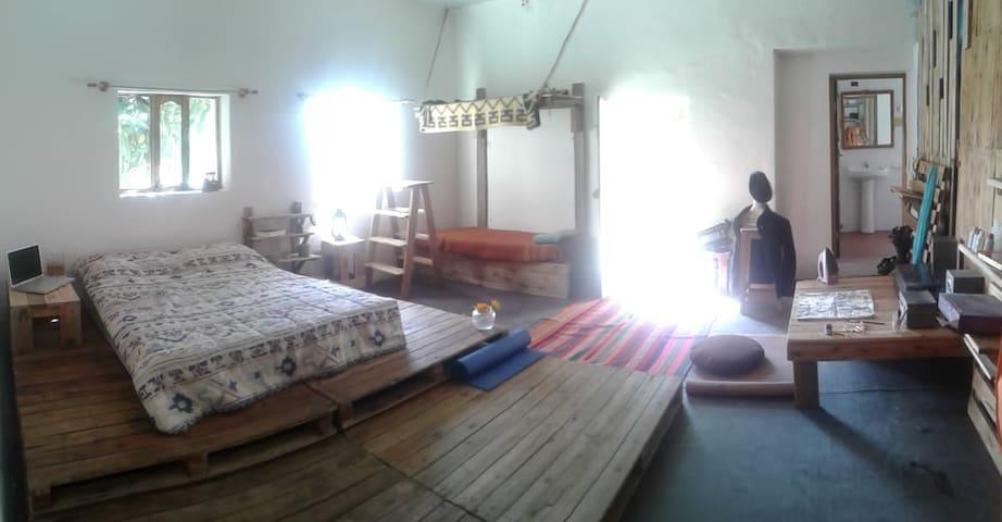 Habitación rústica en el corazón de Sucre