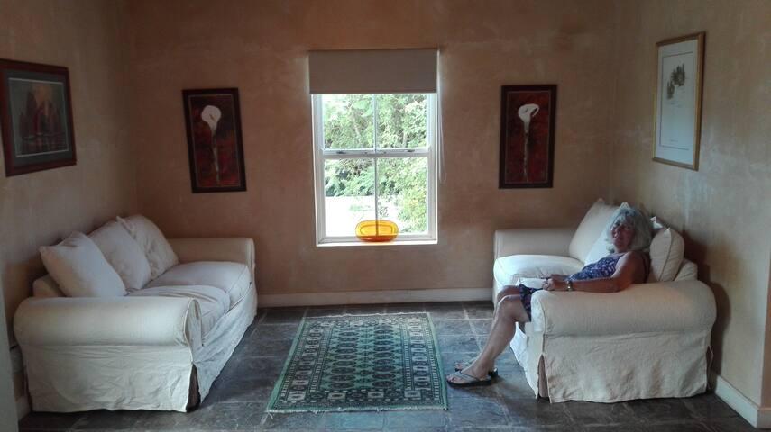 One bedroom cottage in McGregor Robertson Valley