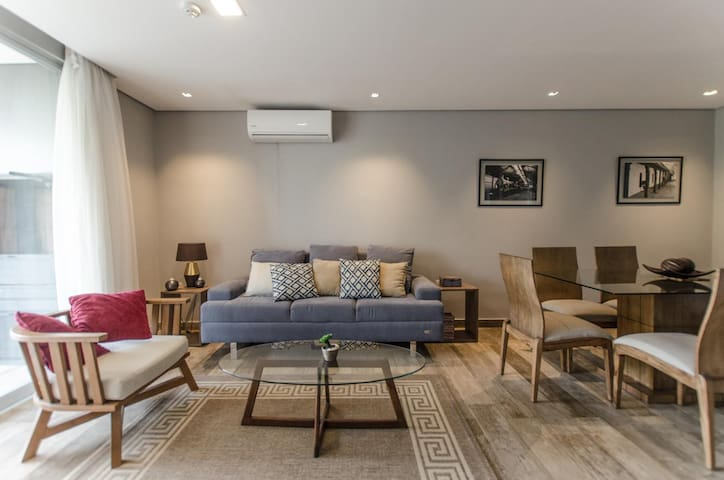 Modest but Elegant Apartment +PV BBQ+Balcony+Gym+Pool