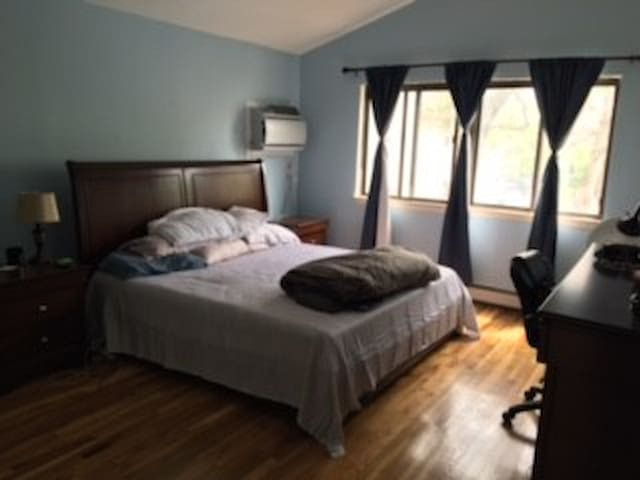 45 Mins to NYC 2 bedroom duplex in Port Washington - Port Washington - Talo