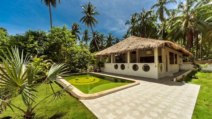 SandShine Villa - Private Pool - 5 Adults