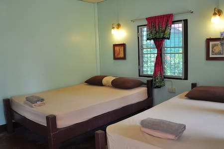 Fan room, Coral Bungalows