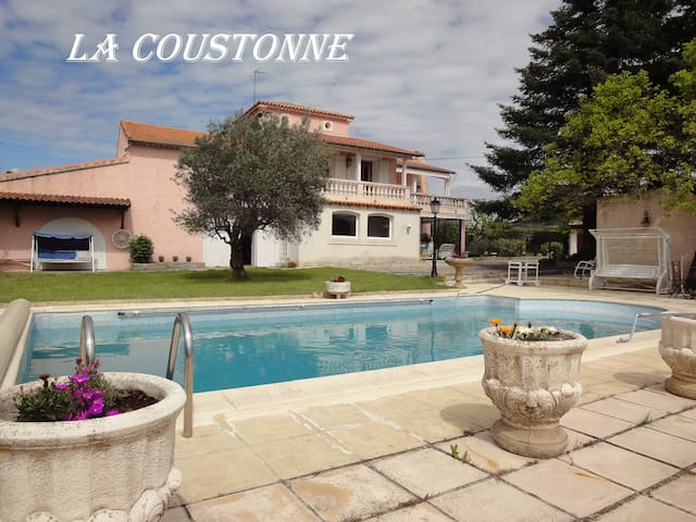 Great house with pool, quiet - Valréas - House