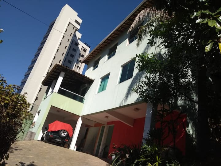 Pousada e Hostel casa verde