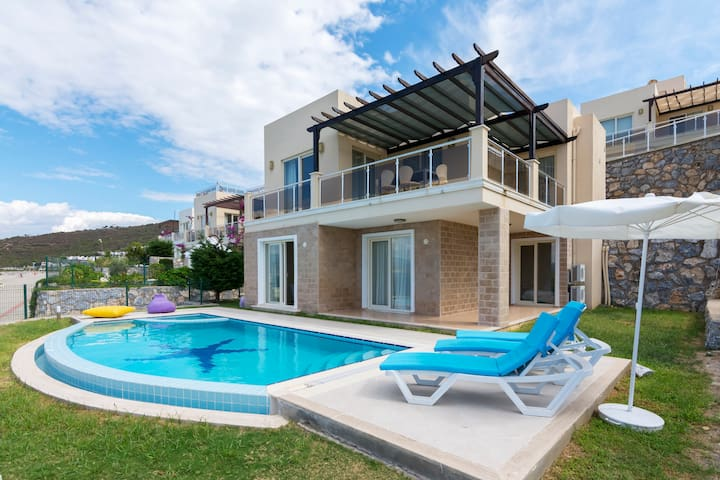 Full Sea view Villa with Private Beach/Pool - Boğaziçi Köyü - Villa