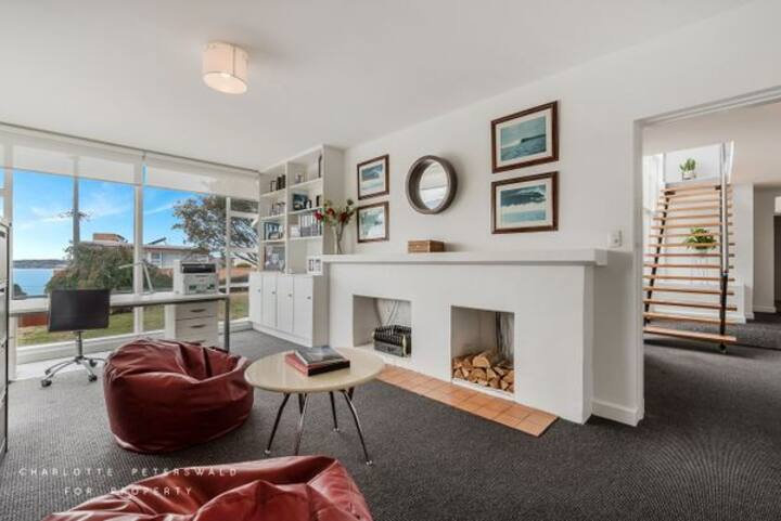 Best location in Sandy Bay with 25m lap pool