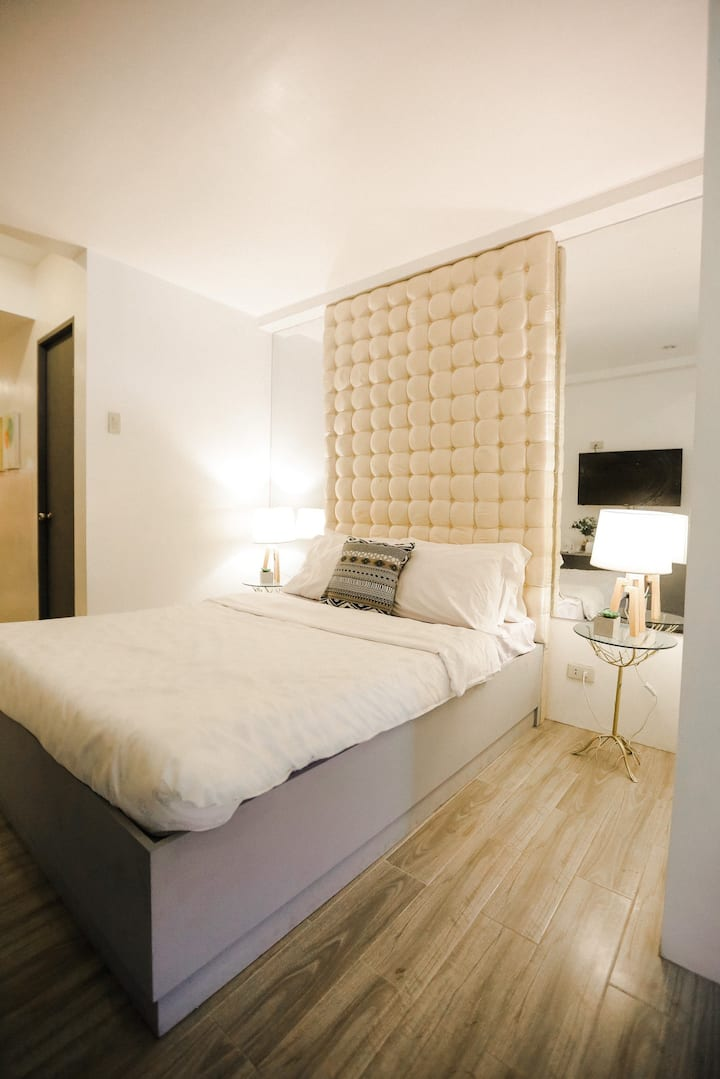 ALTA Residences | Cozy studio-type unit (room 203)