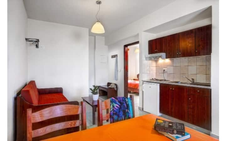 One Bedroom Apartments for 3 - Artemis Apartments