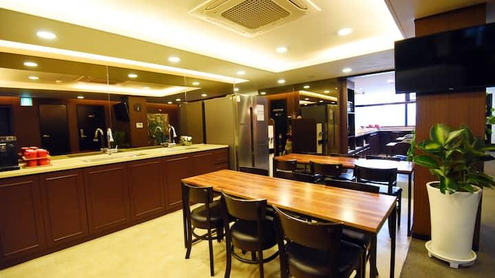 57 Myeongdong Hostel (장기투숙1인실)TypeA(2)