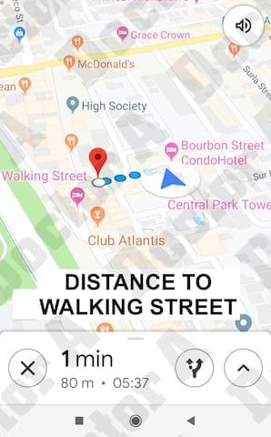 WALKING STREET BIG JACUZZI JAPAN SUITE W/MIRRORS