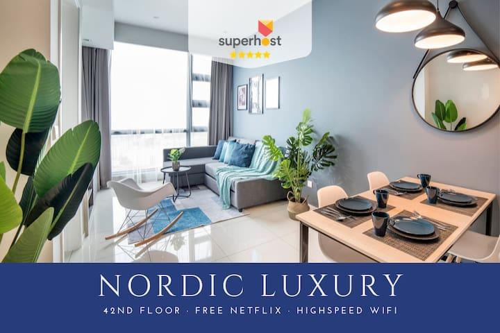 Stylish Nordic Suite - Netflix, Top Floor, Jacuzzi