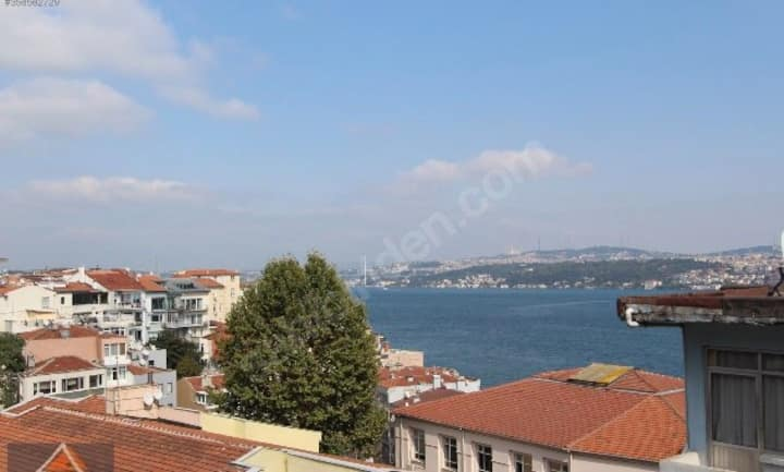 Luxirious Flat at Bosphorus with Public Terrace !