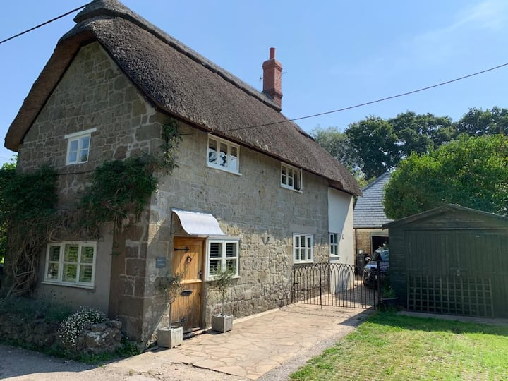 Donhead St Andrew Cottage & Studio