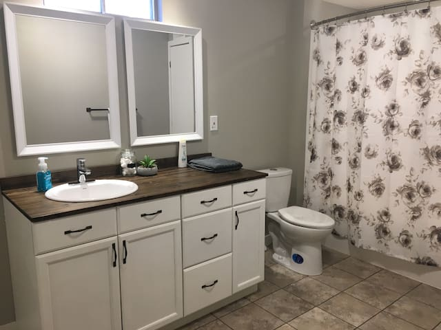 Large Full Bathroom with Laundry area
