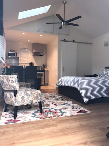 Brand New Modern and Cozy Private Studio