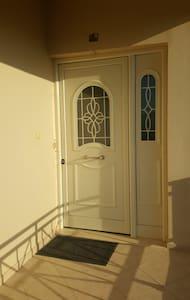 Beautifull and Shinny Room! - Chania - House - 0