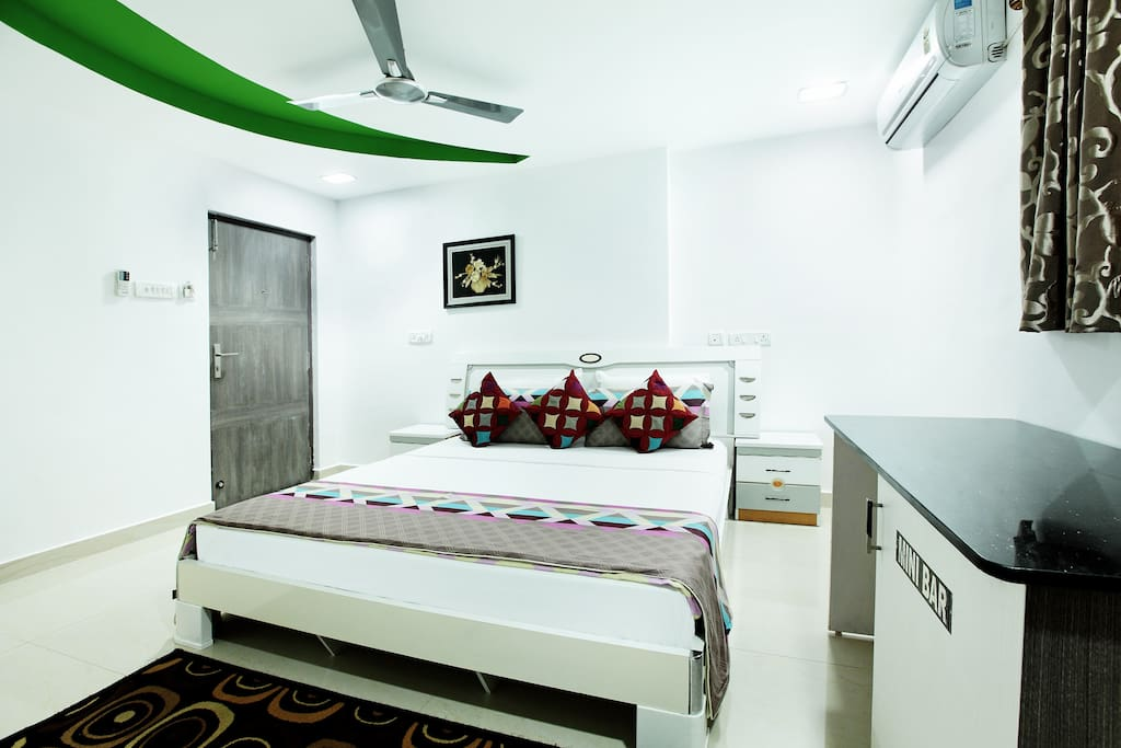 Second Bed Room fully airconditioned, Free Wi-fi, with Mini Fridge, DTH TV, Safety Locker, Kettle