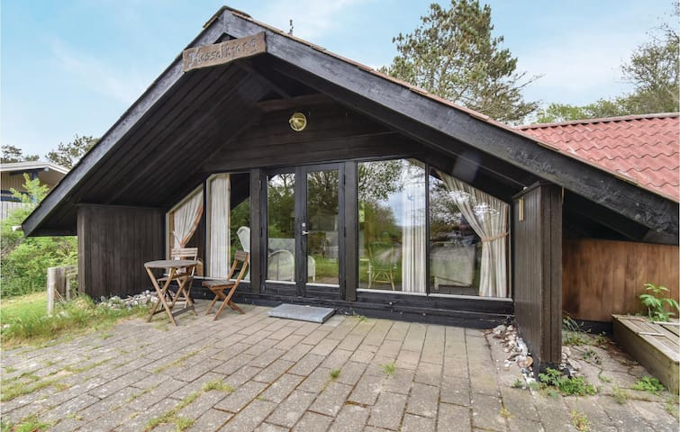 Holiday cottage with 2 bedrooms on 60m² in Martofte