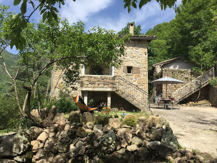 Picturesque Stone House in Archeche's
