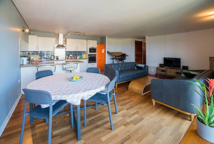 Large Self Contained Apartment in London