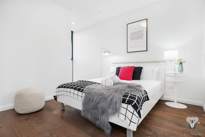 5MIN to Sydney Airport Luxury 1Bed1Bath Private Room