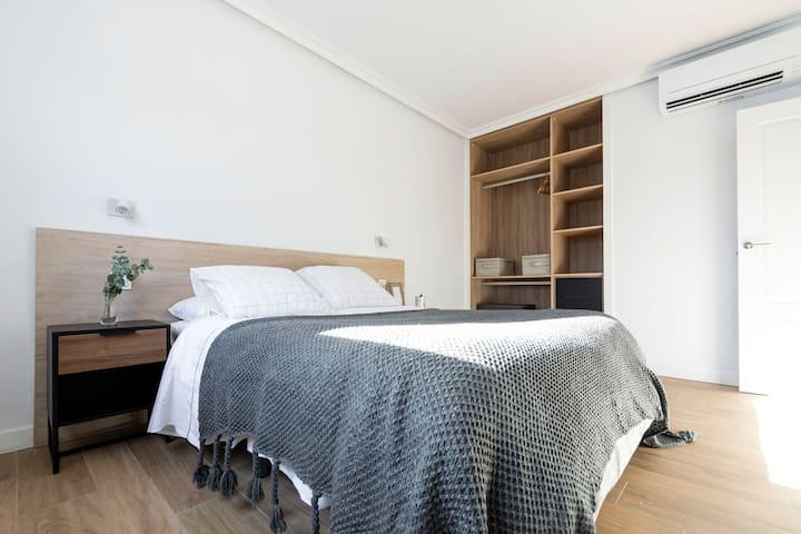 Habitacion doble con cama de matrimonio 1
