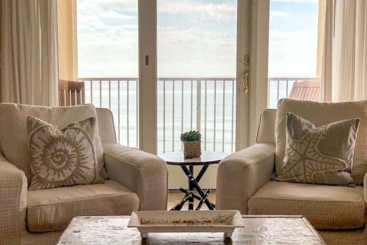 Beach Front Paradise! Pool - WiFi - Elevator - Steps to Sugar Sand Beaches! 2x Miles to Seaside