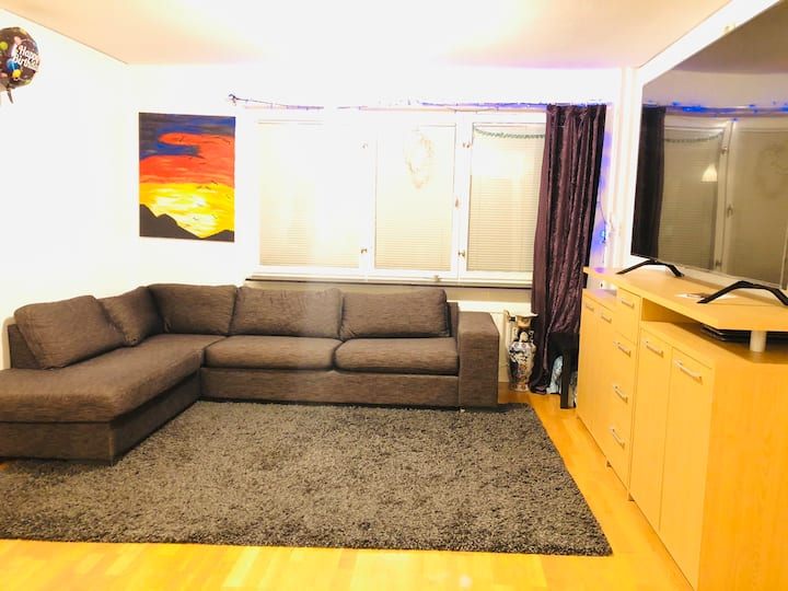Private room in a apartment on ideal location